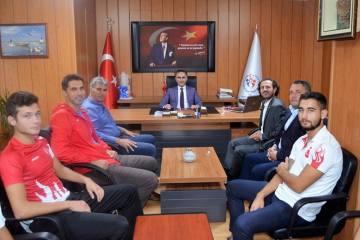 Şampiyonlardan Arıcıoğlu'na ziyaret