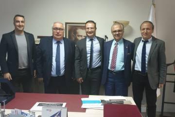 Paratriatletler için federasyonlar arası işbirliği