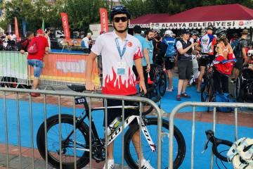 """Milli triatlet Uğurcan Özer: """"Olimpik paratriatlonda ülkeme ilk madalyayı getirmek istiyorum."""""""
