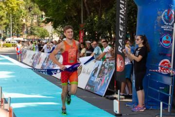 Ünye'de şampiyonluklar Antalya'nın